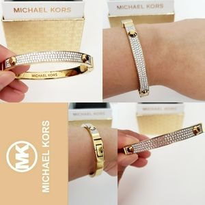 14k Gold plated bangle bracelet